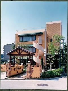 宝塚市の老人ホーム | ラビアンローズ宝塚